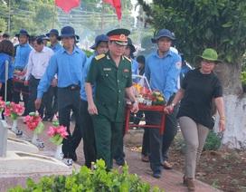 Truy điệu và an táng 12 hài cốt liệt sĩ hi sinh tại chiến trường Campuchia