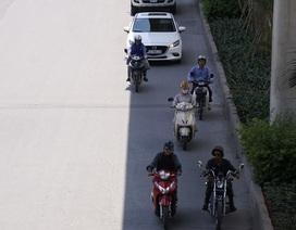 Người Hà Nội đối mặt với đợt nắng nóng kéo dài