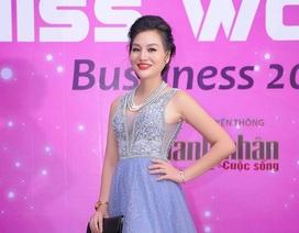 Nữ Hoàng Trần Huyền Nhung chạy show từ sự kiện ra sân bay để đi Nhật