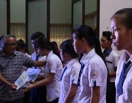 Cần Thơ: Tuyên dương, tiếp nhận và trao học bổng cho học sinh nghèo hiếu học