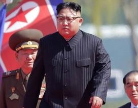 """Nỗi ám ảnh đi vào """"vết xe đổ"""" Libya của Triều Tiên"""