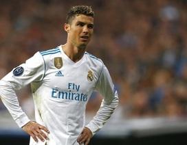 C.Ronaldo vượt qua Xavi, tiến gần kỷ lục ở Champions League
