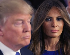 """Tổng thống Trump gây """"bão"""" mạng vì viết nhầm tên vợ"""