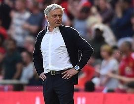 """Mourinho lâm vào bi kịch của """"kẻ lỗi thời""""?"""