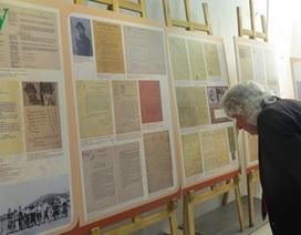 Khai mạc triển lãm tư liệu về Chủ tịch Hồ Chí Minh tại Pháp