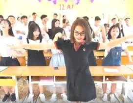 """Sự thật về clip """"cô giáo làm cơ trưởng"""" dạy nhảy trong lớp gây tranh cãi"""