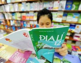 Bộ Giáo dục biên soạn một bộ sách giáo khoa: Liệu có sân chơi bình đẳng?