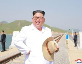 Ông Kim Jong-un làm gì trong ngày ông Trump tuyên bố hủy họp?