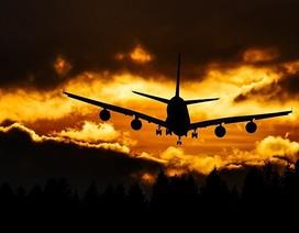 Sẽ nguy hiểm nếu các thành viên gia đình ngồi ở các vị trí khác nhau trên máy bay?