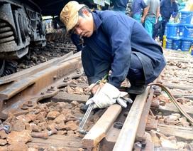 Vụ hai tàu hàng đâm nhau: Trưởng ga Núi Thành bị đình chỉ công tác