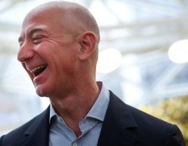 Ông chủ Amazon muốn chuyển ngành công nghiệp lên mặt trăng càng sớm càng tốt