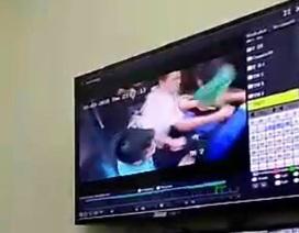 Hà Nội: Cư dân chung cư đuổi chém nhau vì mâu thuẫn trong thang máy