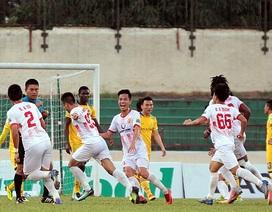 Hạ SL Nghệ An, Nam Định có chiến thắng đầu tiên ở V-League