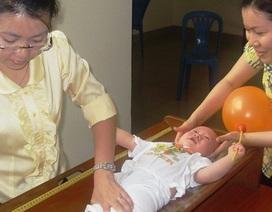Trẻ biếng ăn: dễ bị rối loạn lo âu, khó hòa nhập