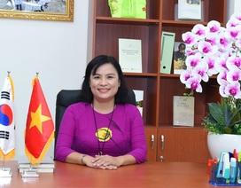 Lần đầu tiên Trường Đại học KHXH & NV TPHCM có nữ hiệu trưởng