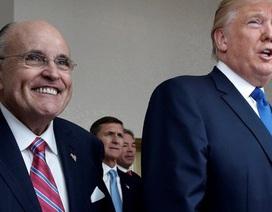 """Ông Trump """"dằn mặt"""" luật sư mới về vụ ngôi sao phim người lớn"""