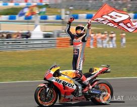 Marquez thắng dễ trong ngày Lorenzo gây ra tai nạn nghiêm trọng