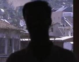 Rùng rợn sát thủ máu lạnh Syria kể chuyện giết hơn 100 người, kể cả IS