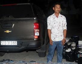 Dùng ô tô bán tải chở 17.000 bao thuốc lá ngoại nhập lậu