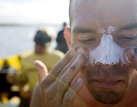 Hawaii cấm du khách dùng kem chống nắng để bảo vệ... san hô