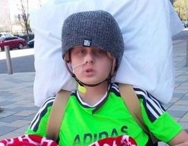 Cậu bé bất ngờ tỉnh lại trước khi ngắt thiết bị duy trì sự sống