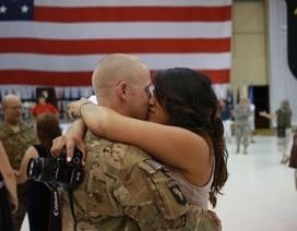 Lầu Năm Góc chi tiền huấn luyện quân nhân cách hẹn hò