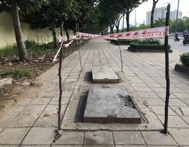 Khắc phục tạm những hố ga bị mất nắp trên đại lộ đẹp nhất Sài Gòn