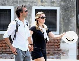 Hình ảnh hiếm hoi về vợ chồng Kate Winslet
