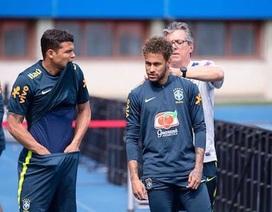Sợ bị theo dõi tại World Cup 2018, đội tuyển Brazil đòi che kín sân tập