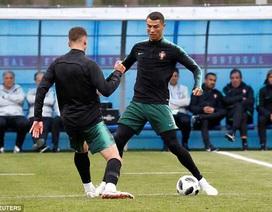 """Vừa tới Nga, C.Ronaldo """"rực cháy"""" trên sân tập"""