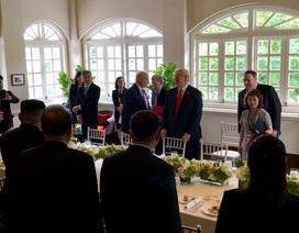 Hé lộ thực đơn trên bàn tiệc của thượng đỉnh Mỹ - Triều