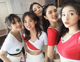 Dàn hot girl Việt nóng bỏng cổ vũ VCK World Cup 2018