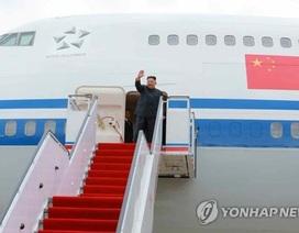 Ông Kim Jong-un trở về nước trong sự ca ngợi của truyền thông quốc gia