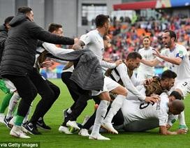 """Ai Cập  0-1 Uruguay: """"Đòn kết liễu"""" đến ở phút 89"""