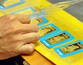 Giá vàng cuối tuần giảm mạnh