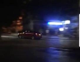 Xe Mazda 3 phóng tốc độ cao, 2 lần tự gây tai nạn ven hồ Gươm