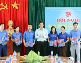 Hỗ trợ đồ ăn, nước uống cho thí sinh tham gia kỳ thi THPT quốc gia