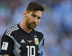 Messi gánh vác Argentina: Mệt quá tấm thân này!