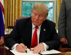Ông Trump ký sắc lệnh ngừng chia cắt gia đình nhập cư ở biên giới