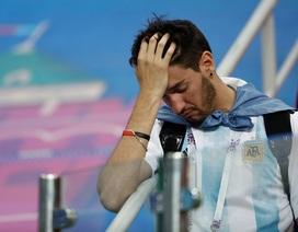 Cổ động viên Argentina rơi lệ sau thảm bại trước Croatia