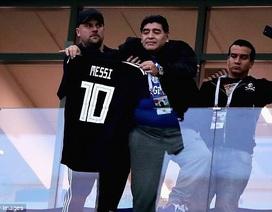 Maradona nói về nỗi cô đơn của Messi trong đội tuyển Argentina