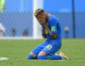 Ghi bàn giải tỏa sức ép, Neymar ôm mặt khóc