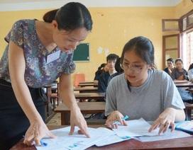 Chùm ảnh: Thí sinh cả nước làm thủ tục dự thi THPT quốc gia 2018