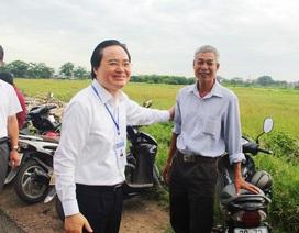Bộ trưởng Phùng Xuân Nhạ thị sát thi ngày đầu tại Gia Lâm, Hà Nội