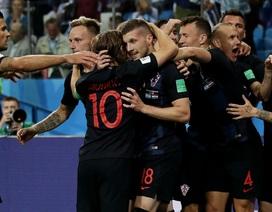 Croatia thay đổi 10 vị trí trước Iceland, Argentina lo lắng