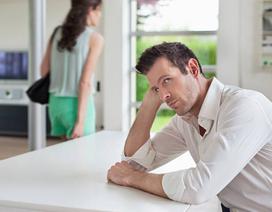 Bị bắt quả tang dùng lời lẽ đong đưa với đàn ông, vợ tôi vẫn khăng khăng đó không phải là ngoại tình