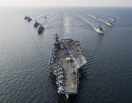 Siêu tàu sân bay Mỹ tuần tra Biển Đông