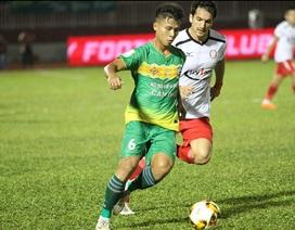 Bị dẫn trước 3 bàn, đội bóng của HLV Miura ngược dòng cầm hoà Cần Thơ
