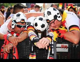 Cổ động viên Đức chết lặng chứng kiến đội nhà bị loại khỏi World Cup