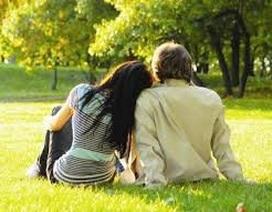 """Lấy chồng già chỉ vì tiền, vợ trẻ bao nuôi trai vì """"thiếu thốn"""""""